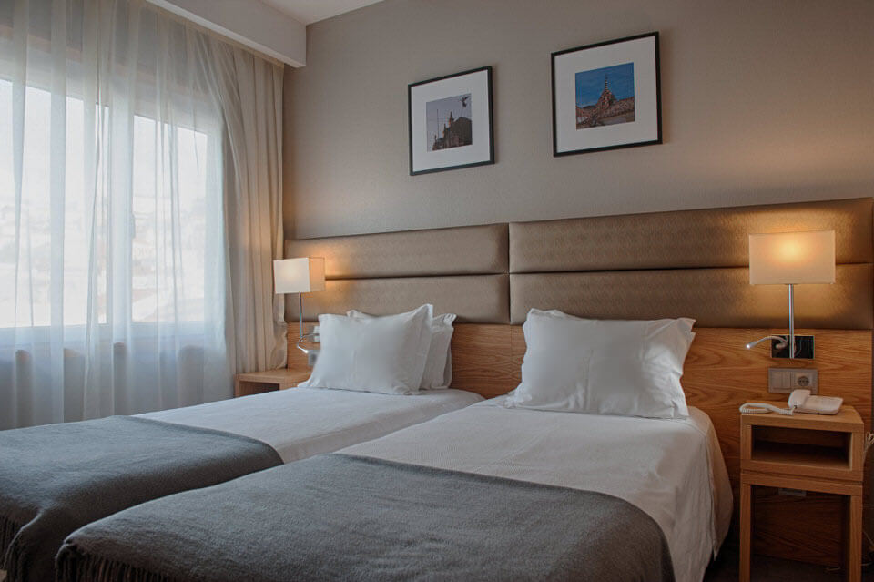 Standard Bedrrom Hotel Oslo Coimbra