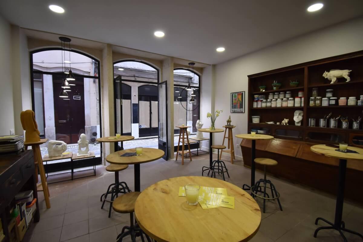 """""""Atelier 13"""" - an """"open atelier"""" in downtown"""