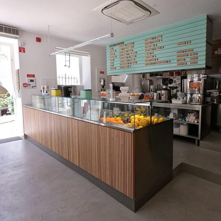 """Così - the delicious artisan ice-cream shop at the """"Baixa de Coimbra"""""""