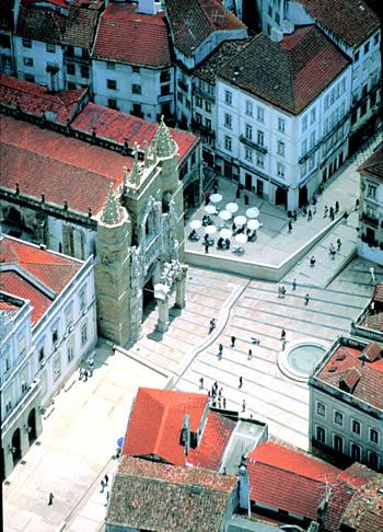 O Hotel Oslo Coimbra está perto do Mosteiro de Santa Cruz