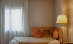 Sofa Quarto Standard Hotel Oslo Coimbra